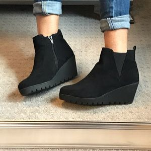 black bootie-wedges